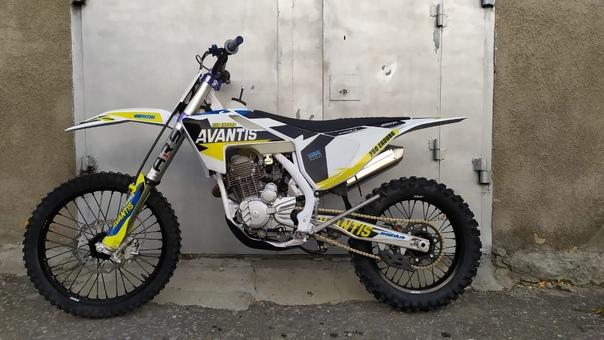 Продам мотоцикл Avantis Enduro Ars , ПТС , на гара...