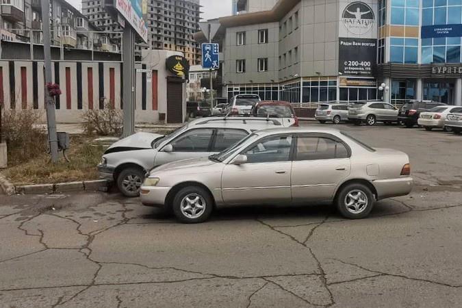 В Улан-Удэ двое детей пострадали при столкновении иномарок  Накаунеутром, 13 октябряв Улан-Удэ произошла авария, в которой... Улан-Удэ
