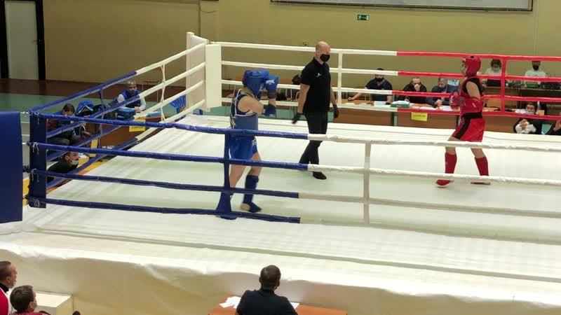 Мельников Арсений синий угол в финале 2 ой раунд