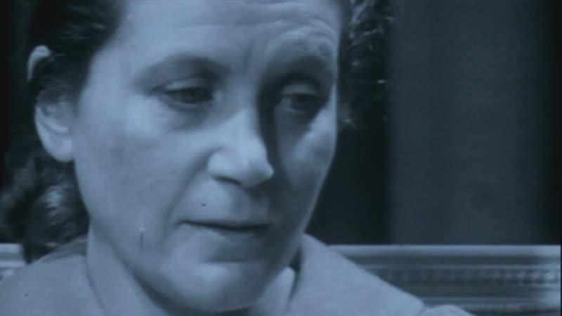 Сталин Дочь Сталина Светлана Аллилуева и её мать жена Сталина Надежда Аллилуева Stalin wife Nadezhda Allilueva Svetlana