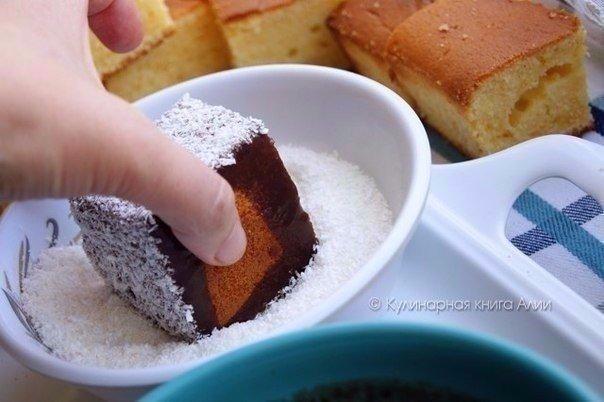 нежное пирожное, тающее во рту очень вкусное, нежное, мягкое и тающее во рту пирожное. в то же время очень простое и быстрое в приготовлении!ингредиенты:- бисквит:3 яйца150 г сахара100 мл