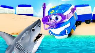 Машины сказки с игрушками из мультика Роботы поезда - Сказка для Барби - Кей в подводном царстве