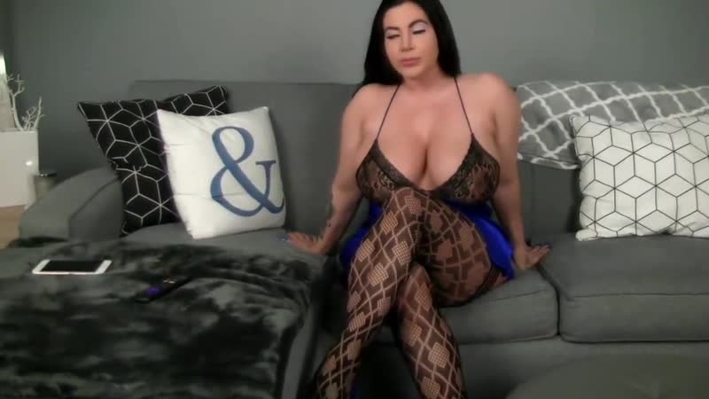 Сочная женщина тренируется на члене, sex porn fuck video milf woman girl mom busty bubble big butt tits bbw pawg (Hot&Horny)