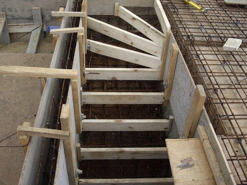 Советы по изготовлению бетонной лестницы, изображение №3
