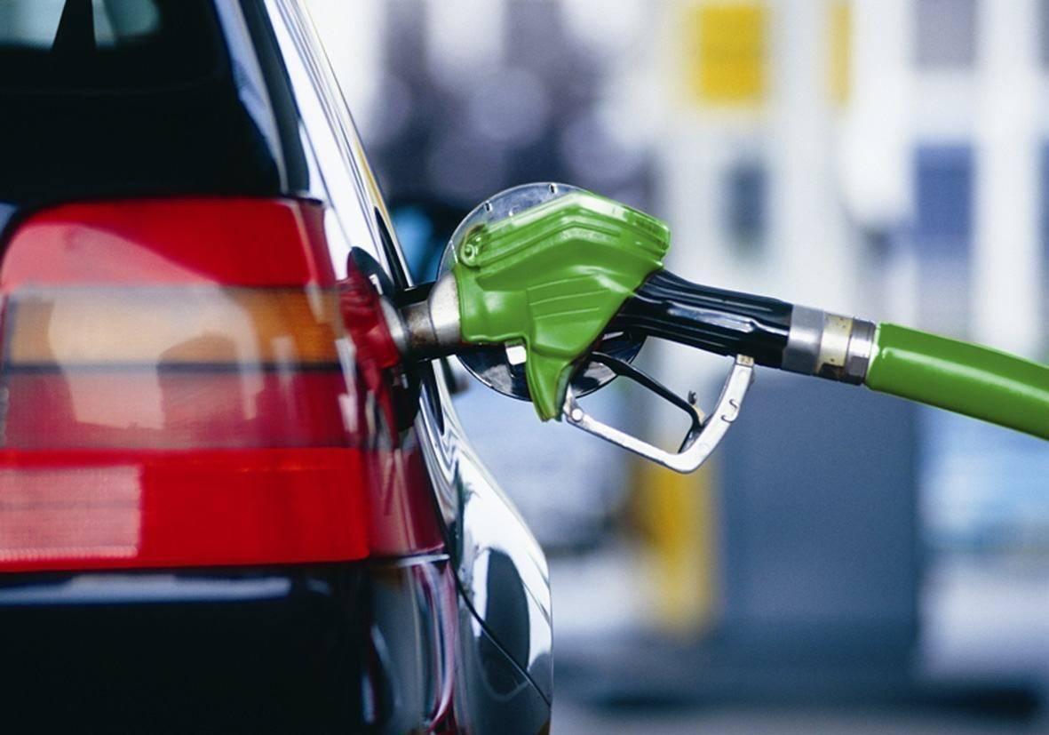 Росстандарт опубликовал перечень фактов реализации фальсифицированного топлива на АЗС в 2019 году
