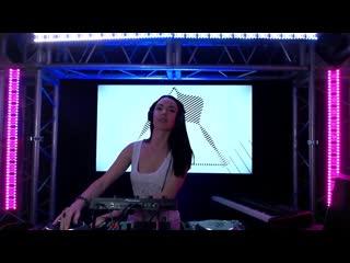 Anita May Live mix at Progressive Stage 2.0 Studio