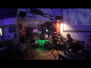 Bob Marley - No woman, no cry (cover by  & ) -  Amigos Bar