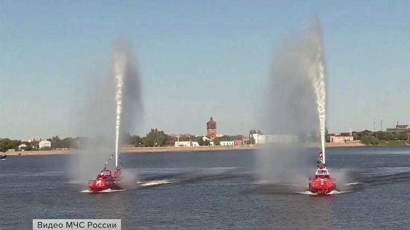 ВАстрахани проходит Всероссийский чемпионат пооказанию помощи терпящим бедствие наводе