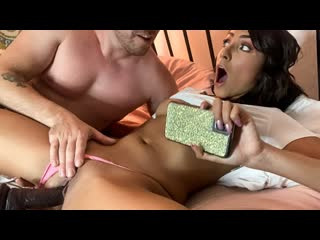 [Brazzers] Kyle Mason Hime Brings Her Dildo To Bed