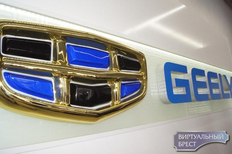 Многодетные хотели бы использовать семейный капитал для покупки автомобилей Geely - представители завода