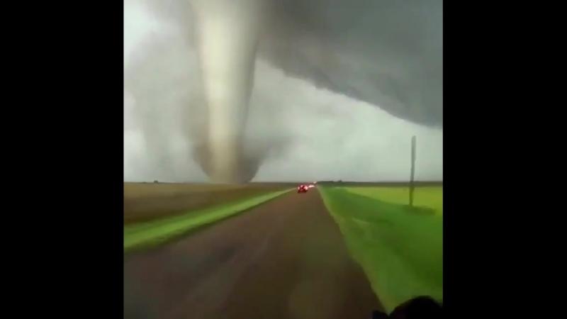 Дорога в торнадо