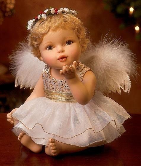 Гифы воздушный поцелуй ангела